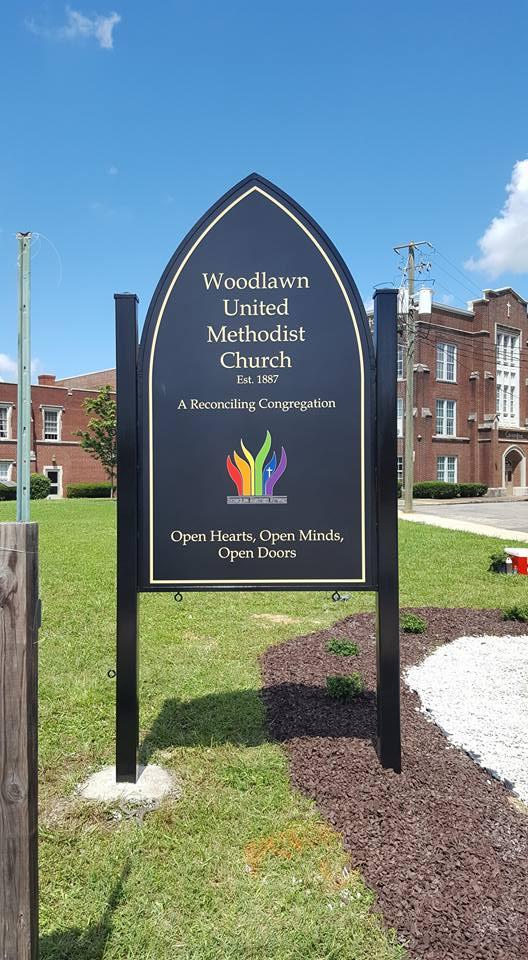 Woodlawn United Methodist Church - Food Pantry