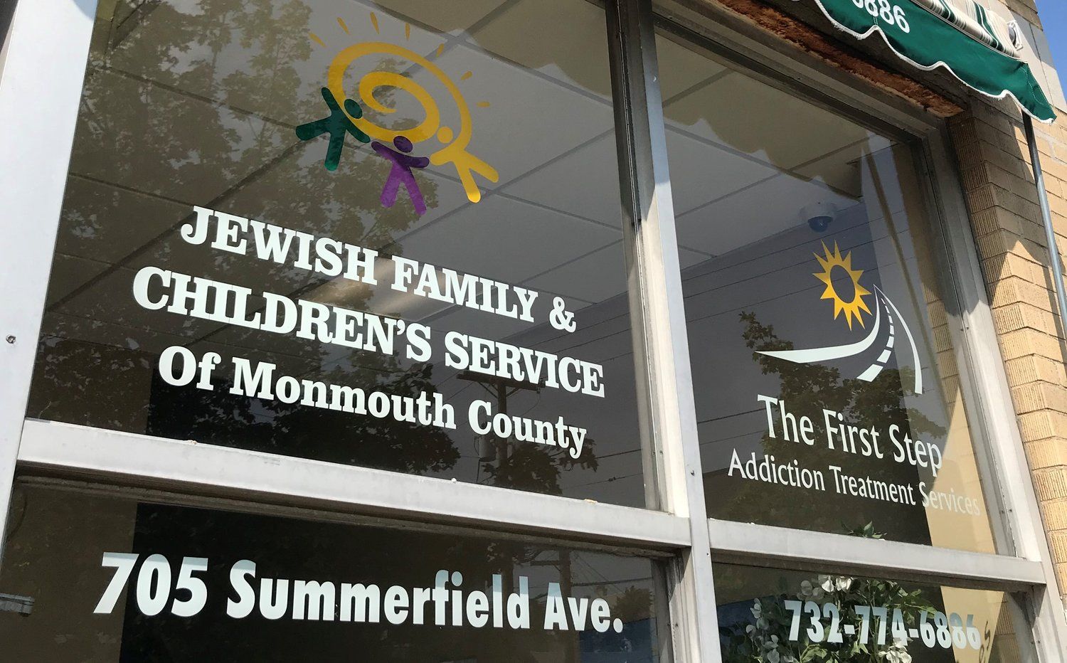 Jewish Family Services Pantry