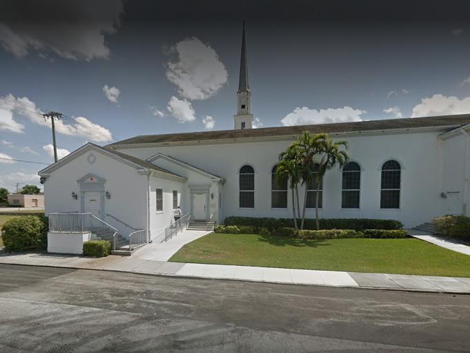 Lighthouse Food Pantry - Community United Methodist Church